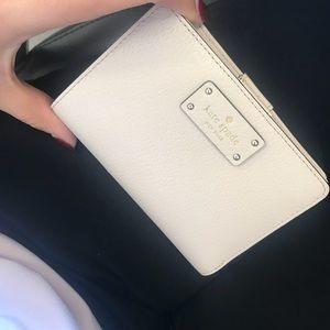 Kate Spade Wallet ♠️